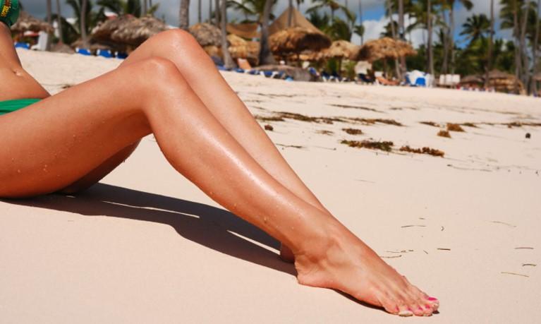 Lange Beine einer Frau