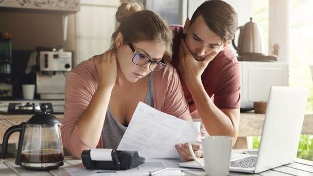 Wie Probleme die Beziehung belasten